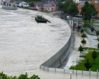 flood and water barrier